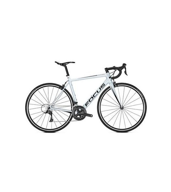Bicicleta de carretera Izalco Race Sora